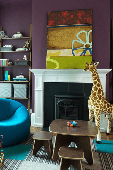 kids room in aubergine