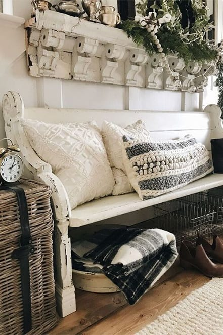 entry with pillows