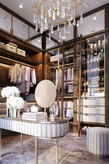 mirrored vanity in dressing room